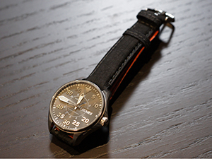 HAMILTON KHAKI AVIATION PILOT AUTO 38mmとSIGNAC(シニャック)を組み合わせたお客様